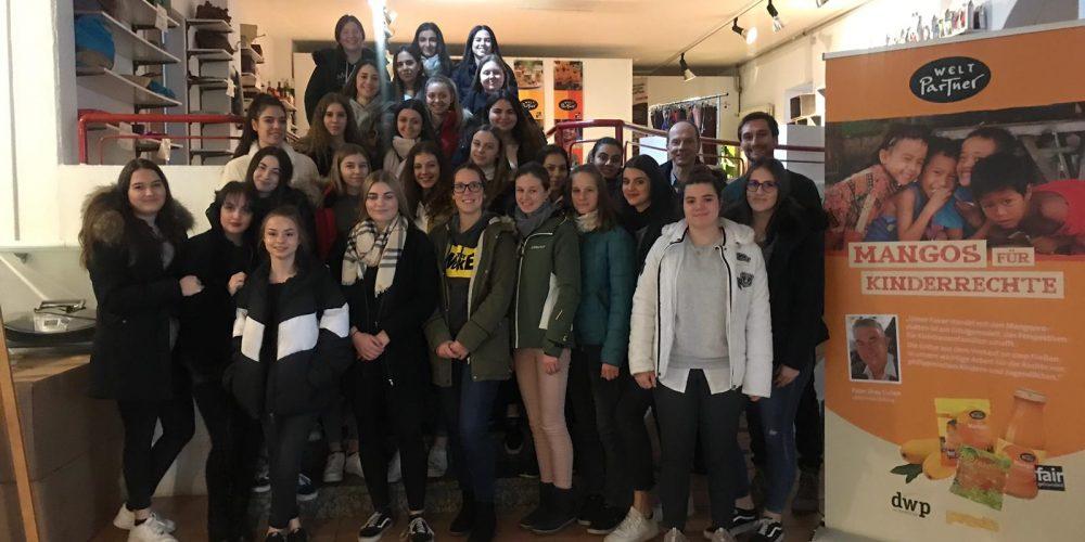 Die neue WELT-Klasse auf Reisen: zu Besuch bei dwp in Ravensburg
