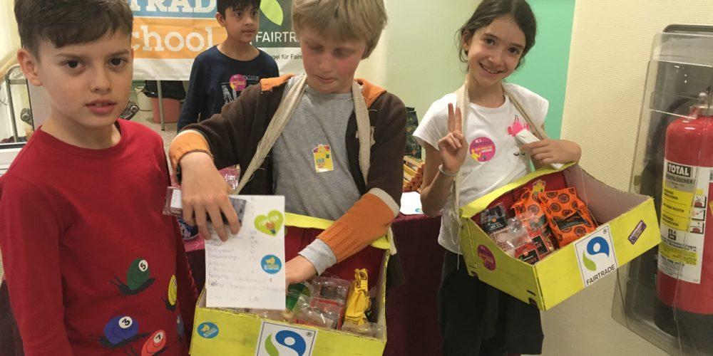 Verkauf von Fairtrade Produkten am Elternsprechtag