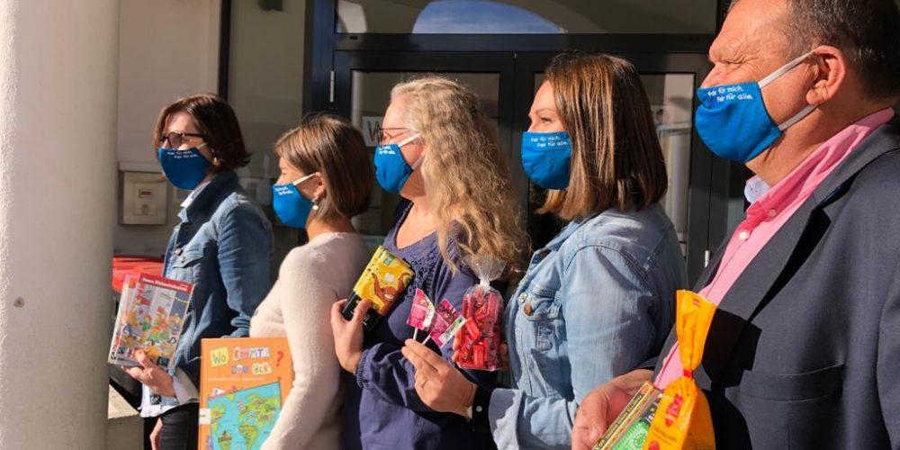 FAIRTRADE-News: Mund-Nasen-Schutz für das Schulteam